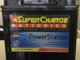 SUPERCHARGE NS40ZR BATTERY 300 CCA LARGE POST (RIGHT OPTION)